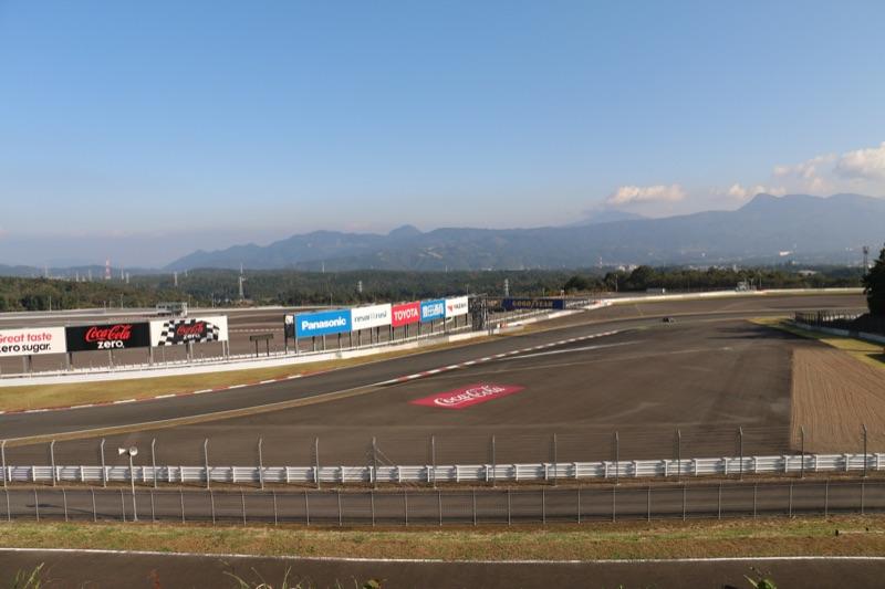 富士スピードウェイ 第二コーナー